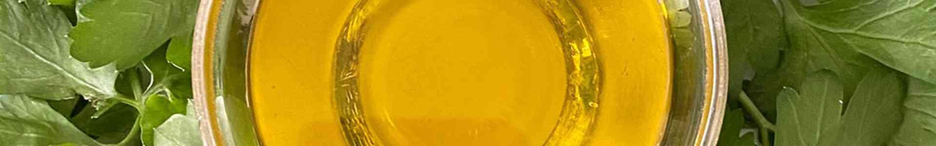 Peterselie olie - de veelzijdige smaakmaker