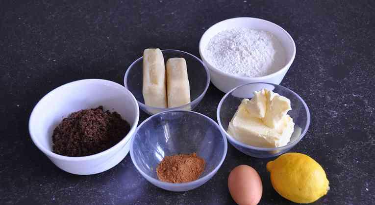 Ingredienten gevuld speculaas